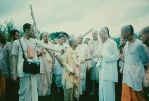 084-sdg-srila-prabhupada