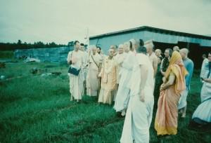 089-sdg-srila-prabhupada