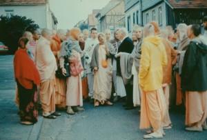 175-sdg-srila-prabhupada