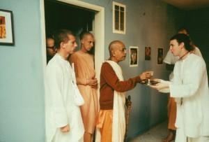 292-sdg-srila-prabhupada