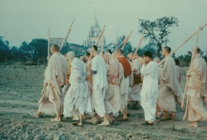 295-sdg-srila-prabhupada