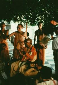 479-sdg-srila-prabhupada