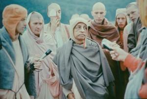 498-sdg-srila-prabhupada
