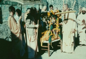 561-sdg-srila-prabhupada