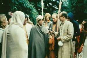 670-sdg-srila-prabhupada