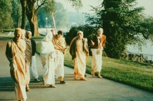 688-sdg-srila-prabhupada