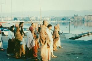 696-sdg-srila-prabhupada