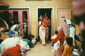 766-sdg-srila-prabhupada