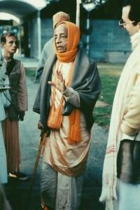 790-sdg-srila-prabhupada