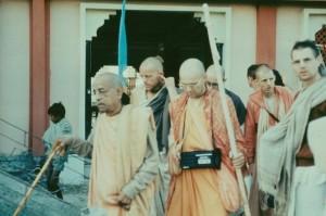 845-sdg-srila-prabhupada